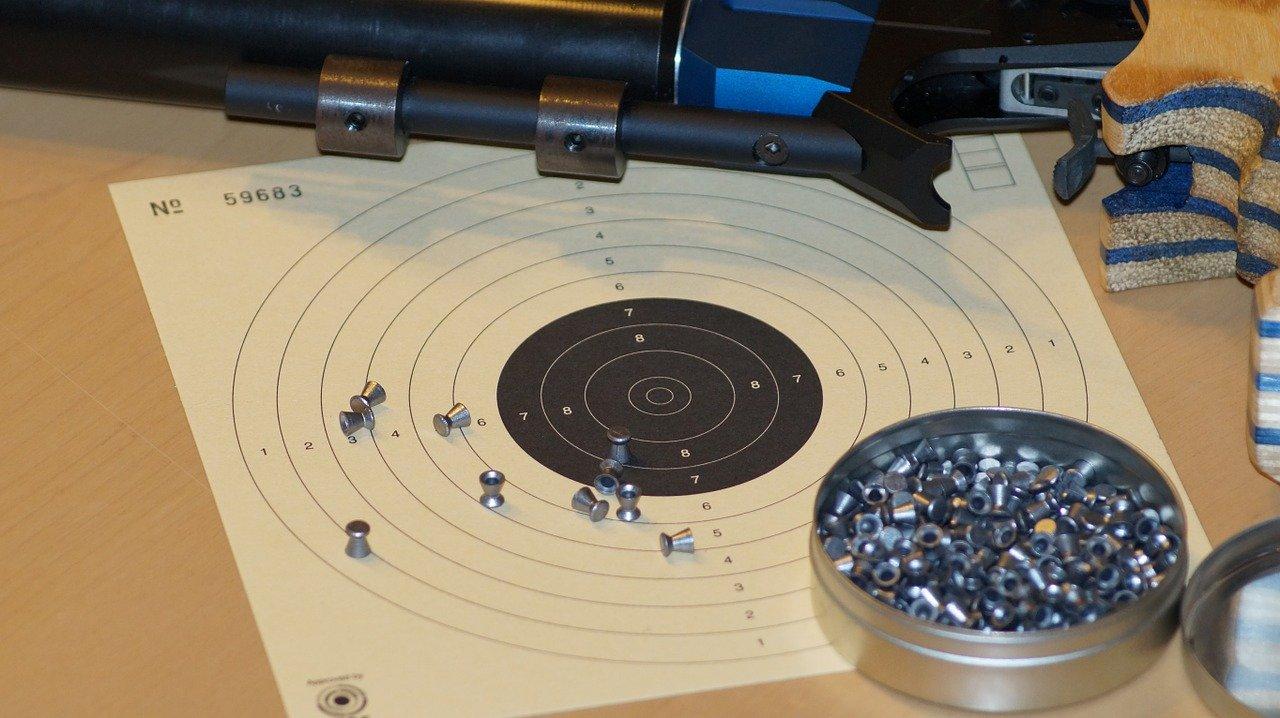 Jak zdobyć pozwolenie na broń sportową
