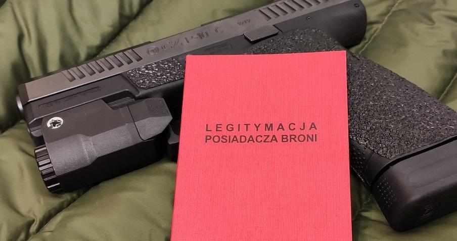 książeczka posiadacza broni