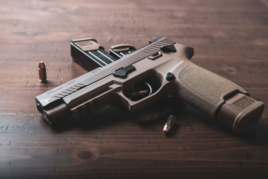 najcelniejsze pistolety 9mm